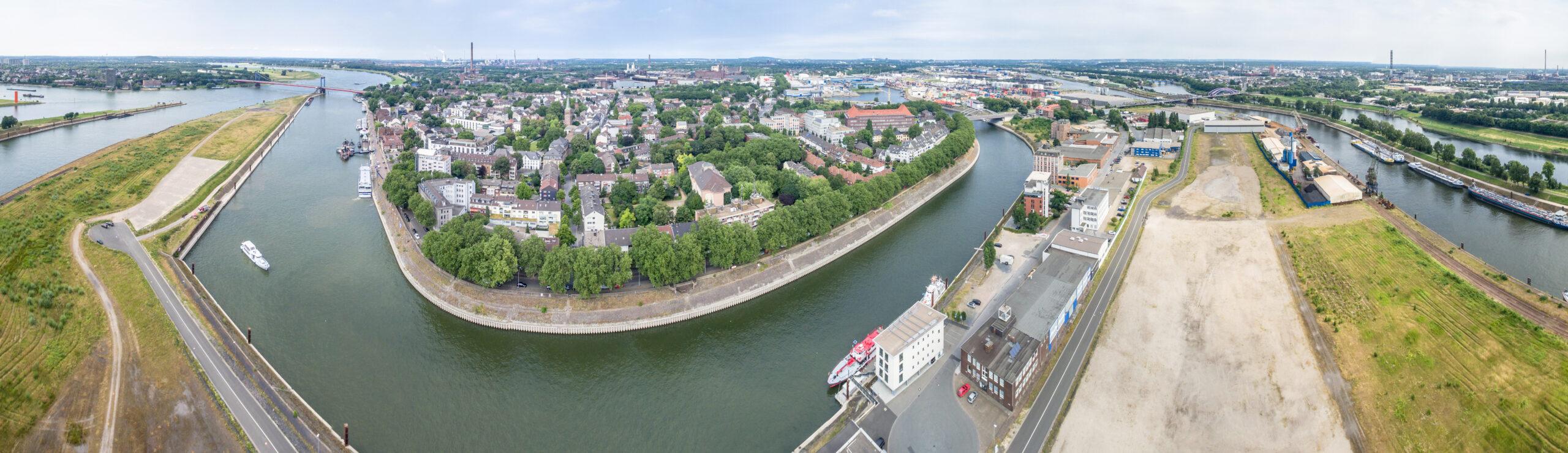 Luftaufnahmen von Duisburg Ruhrort, Deutschland